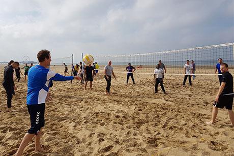 Vriendenuitje Beach Volleybal